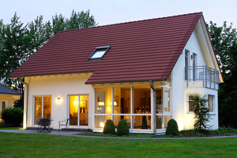Дизайн частного дома эконом класса фото